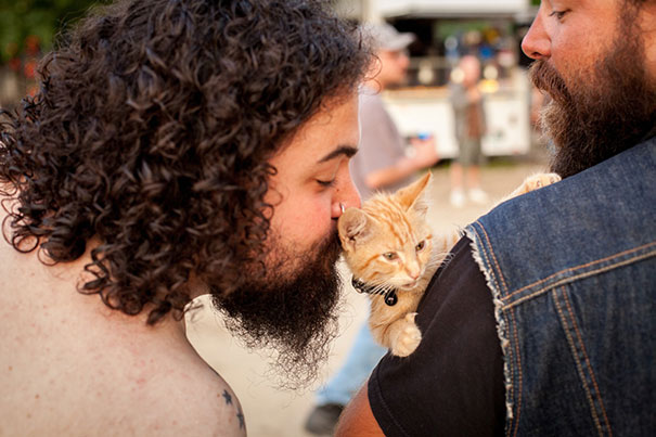 cat-biker-saves-kitten-pat-doody-11
